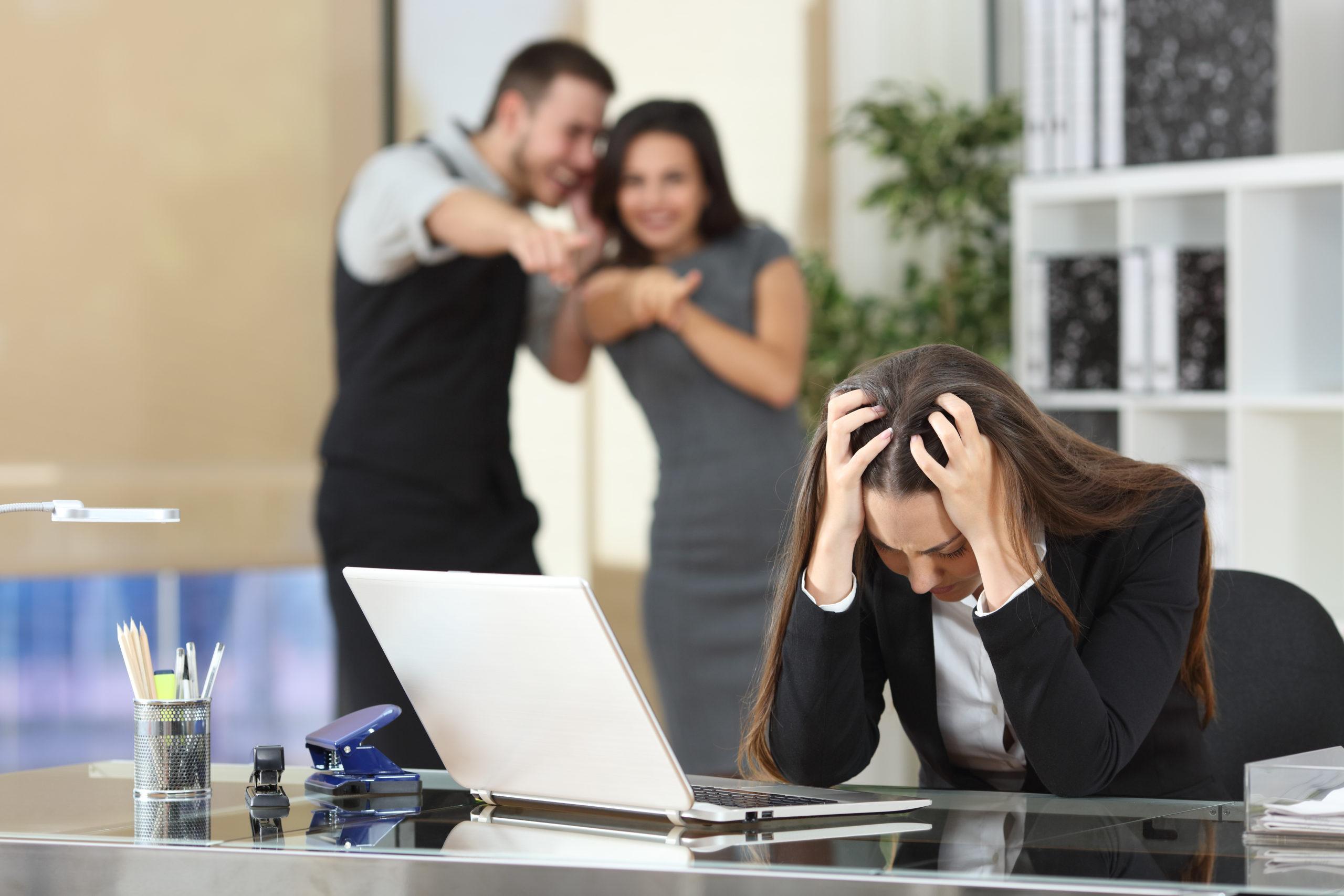 Le harcèlement sexuel et le sexisme au travail