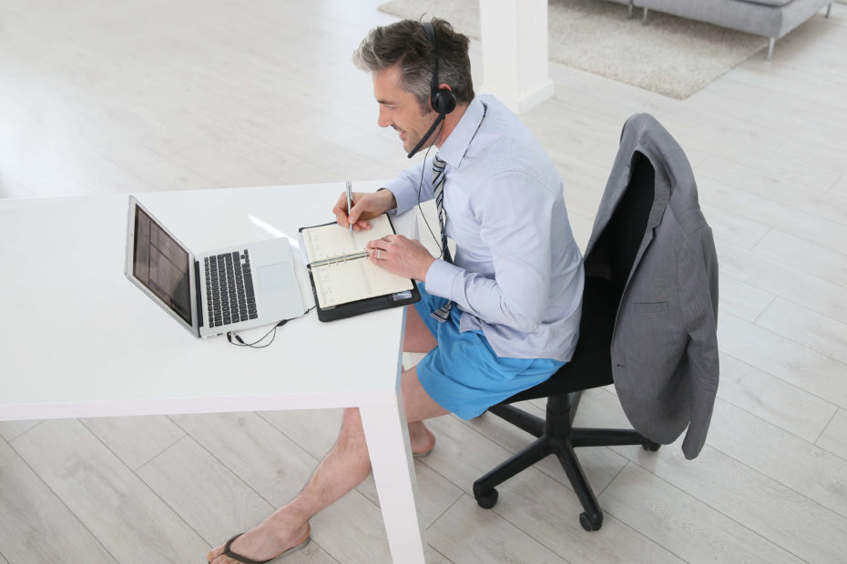 Tenue vestimentaire : qu'est-ce qui est autorisé au bureau ?